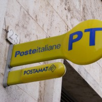 Poste. Sit in di protesta a Firenze